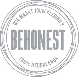De Reuver knitted fashion BeHonest logo